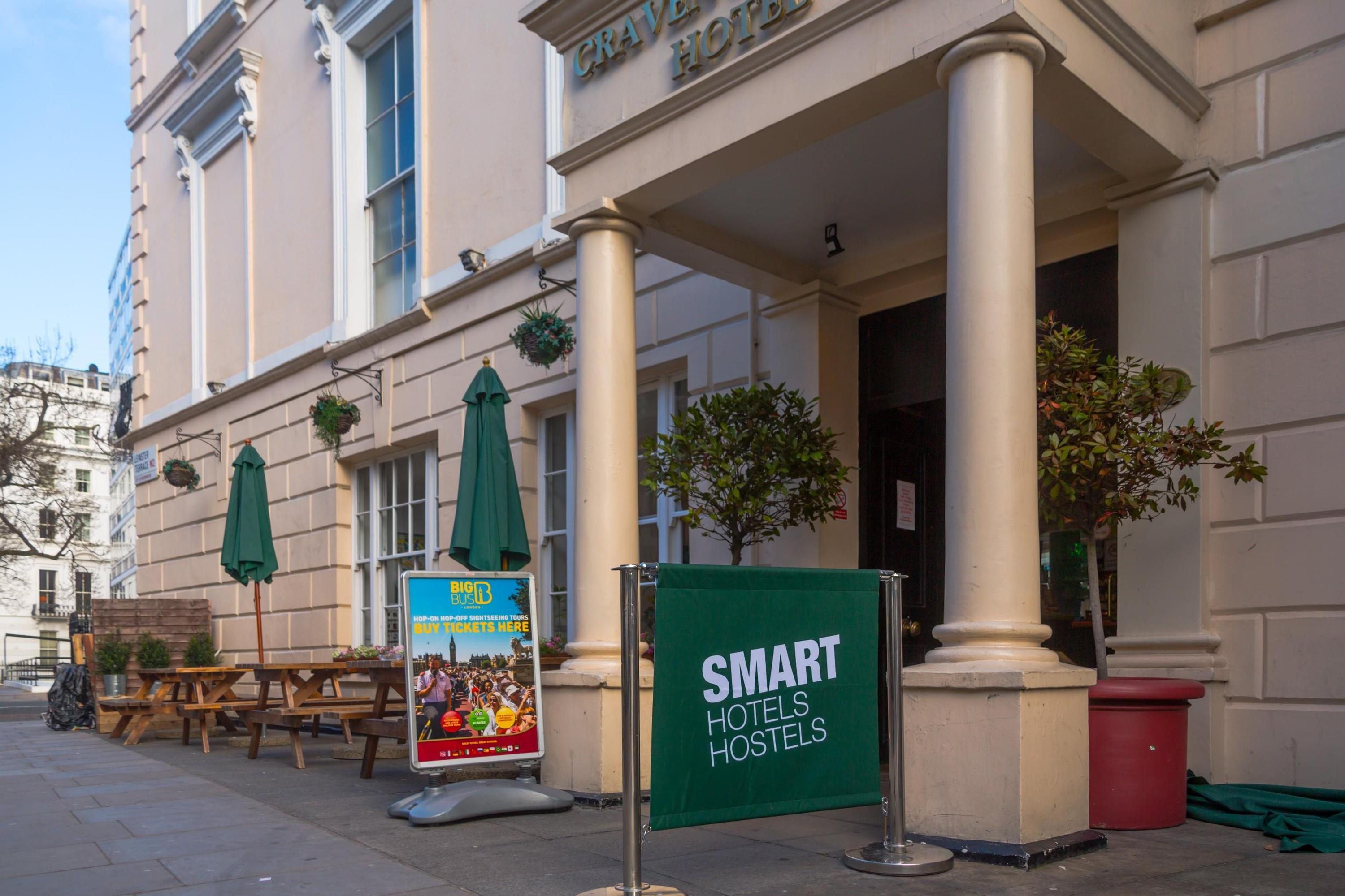 Smart Hyde Park View - Hostel
